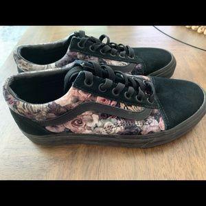 Vans Old Skool Velvet Floral Sneakers, Size 7